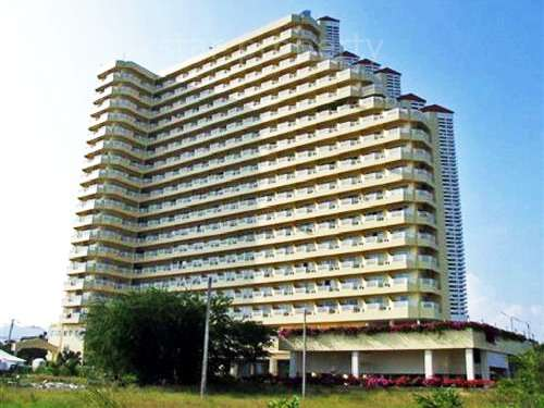Sea view Condominium for Rent at Chain Condominium