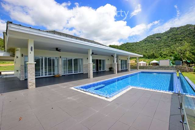 3 Bedroom Golf Course Side Villa for Sale at Black Mountain Hua Hin