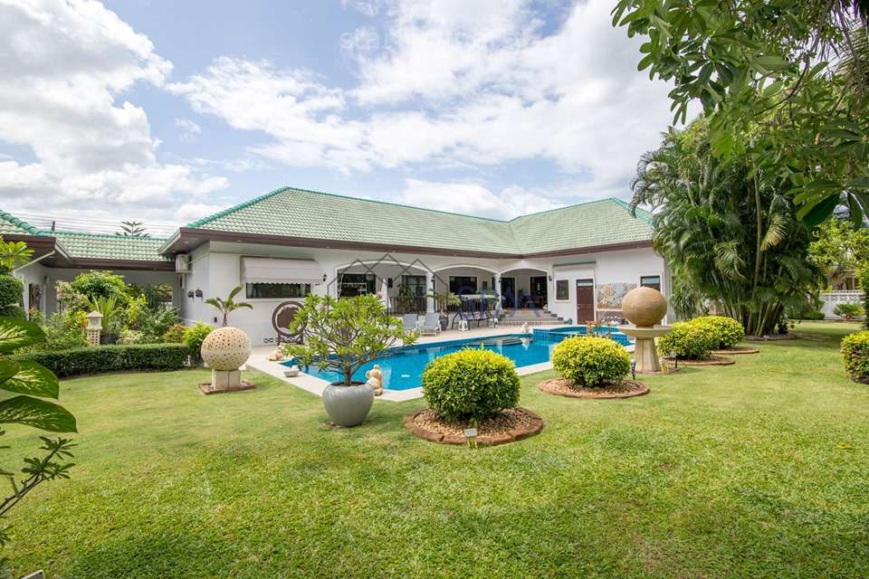 HOT DEAL Pool Villa on 1500 sq.m. of Land in Stuart Park Hua Hin Soi 126 For Sale at Stuart Park