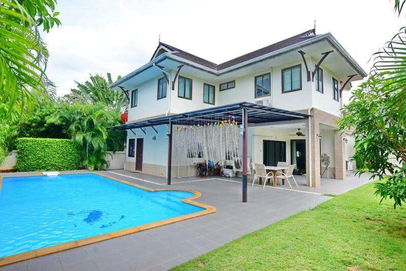 Luxury 2 Storey Pool Villa for Sale at The Heights 2