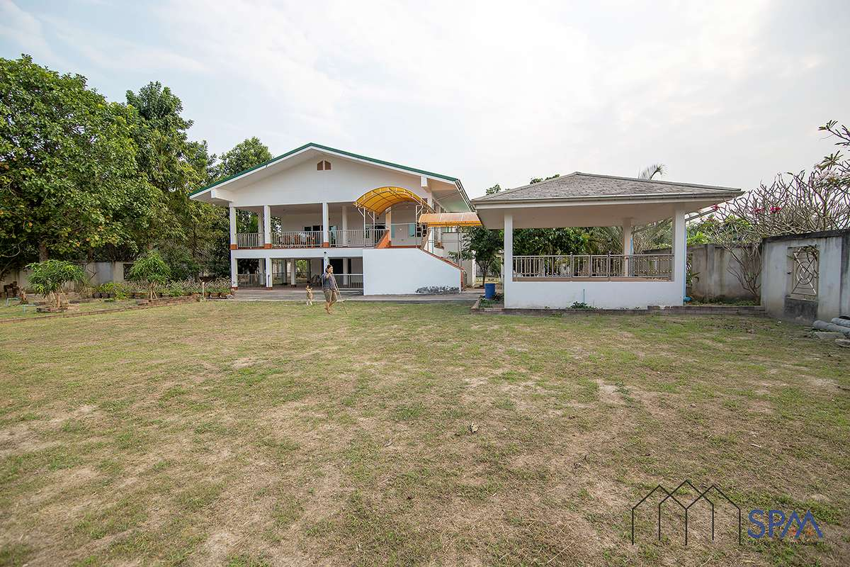House in Cha Am for Sale, with 5 Rai of Land