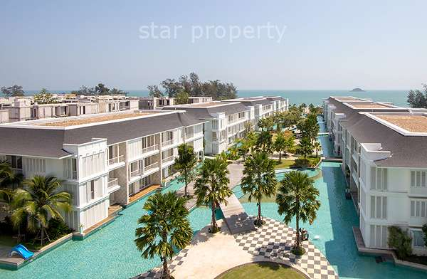Condominium on Beach for Rent at Malibu Condominium