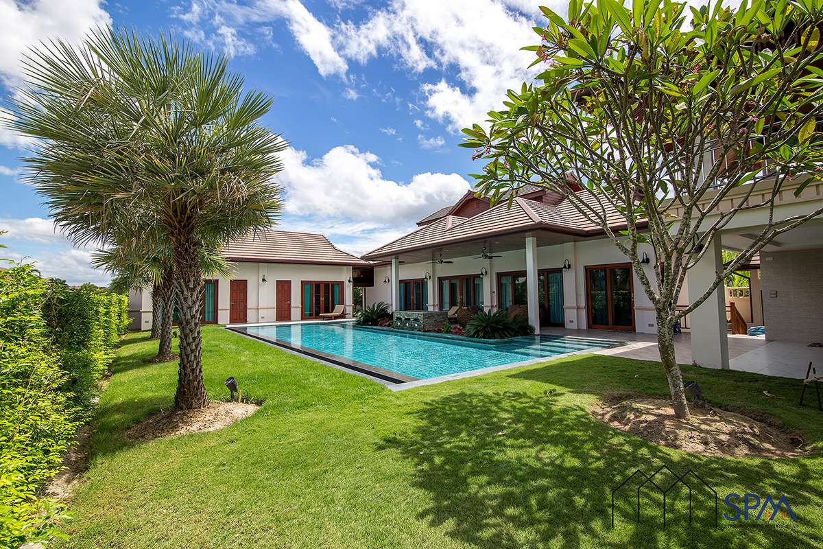 Thai Bali Style Villa with Pool for Sale in Hua Hin Soi 88 at Hillside Hamlet