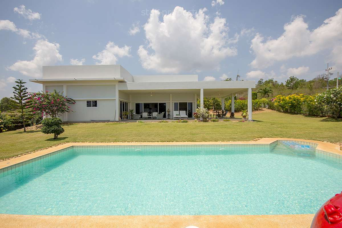 Fully Furnished Pool Villa for Sale in Pranburi at Pran Buri District, Prachuap Khiri Khan, Thailand