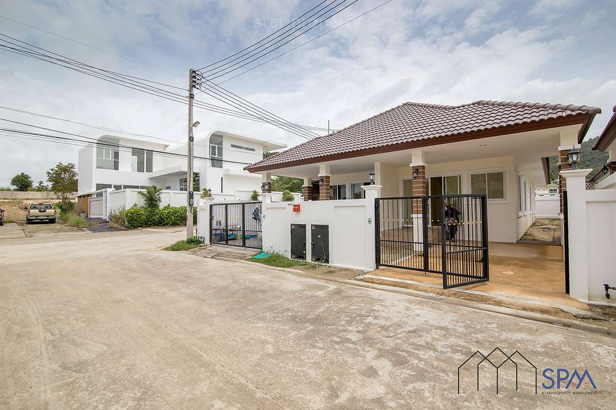 2 Bedrooms House for Sale Hua Hin Soi 56