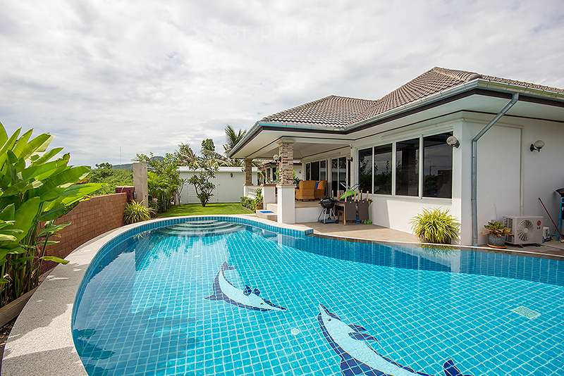 Beautiful Pool Villa for Rent at Laguna Soi 102 at laguna