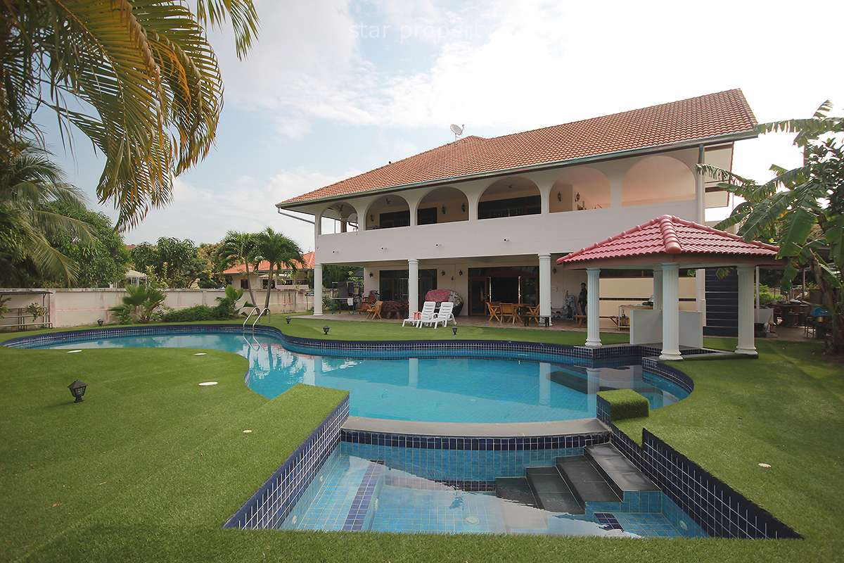 4 Bedroom 2 Storey Pool Villa for Sale at Tamarind Gardens Hua Hin at Hua Hin District, Prachuap Khiri Khan, Thailand