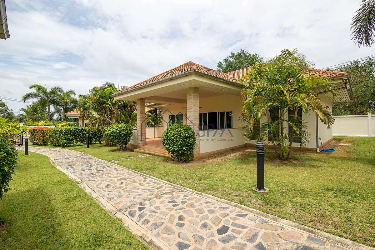 Beautiful House in Pineapple Village for Sale with Lease Land for 30 years
