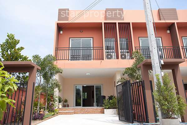 Townhouse for Rent at Soi 102 at Townhouse for rent at Soi 102