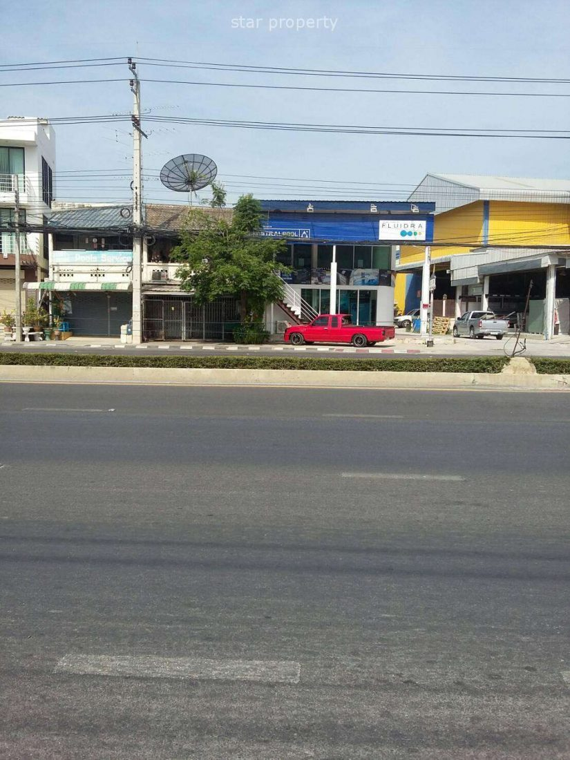 A Commercial Unit on Main Road Hua Hin for Sale