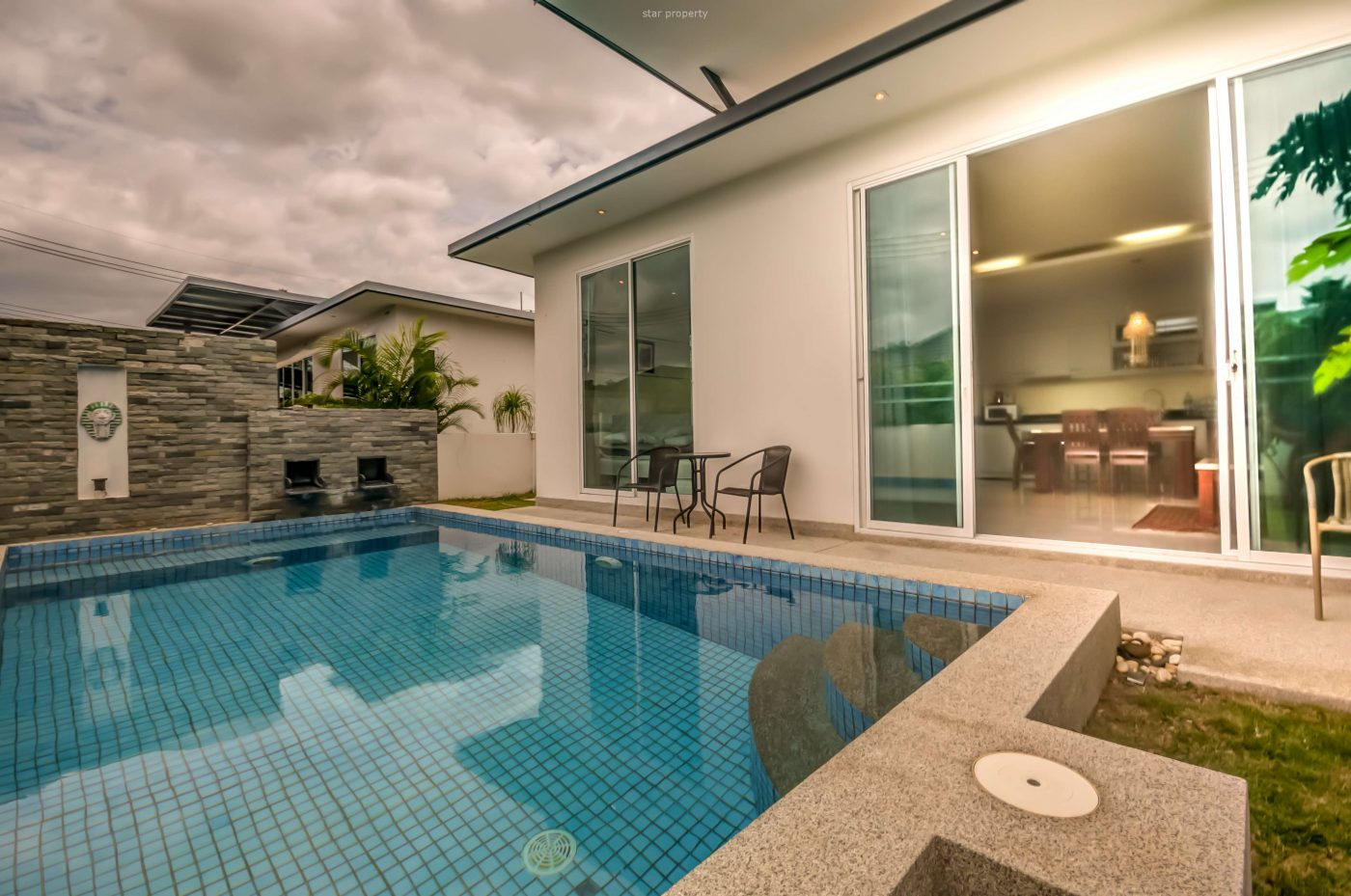 Beautiful 2 Bedroom Pool Villa for Sale at Mil Pool Soi 102