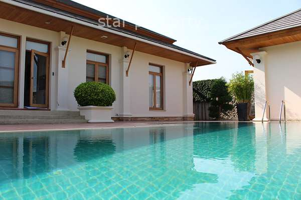 Stunning 3 Bedroom Pool Villa at Nice Breeze Soi 6 for Sale