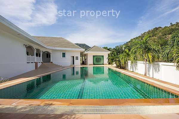 Stunning 4 Bedroom House with Pool in Pak Nam Pran