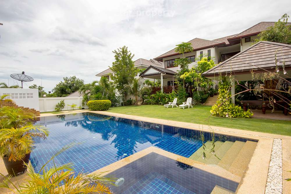 4 Bedroom House in Hua Hin Soi 88