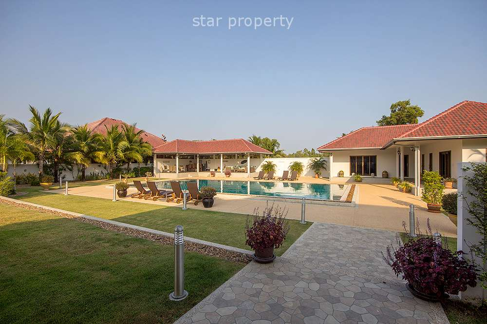 Stunning 5 Bedroom Pool Villa at Sunset 2 in Soi 6 at Hua Hin District, Prachuap Khiri Khan, Thailand