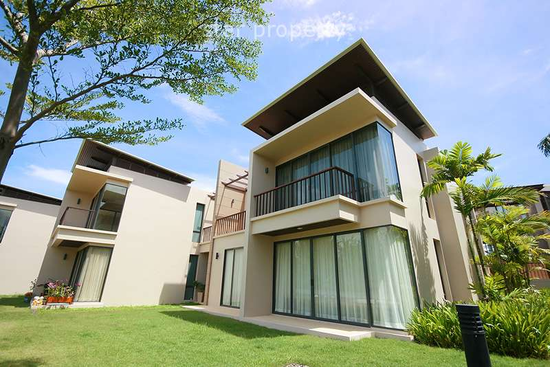 2 Bedroom Low Rise Condominium at Palm Crescent Hua Hin at Cha Am District