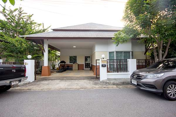 2 Bedroom Bungalow at Lavallee Soi 70 Hua Hin