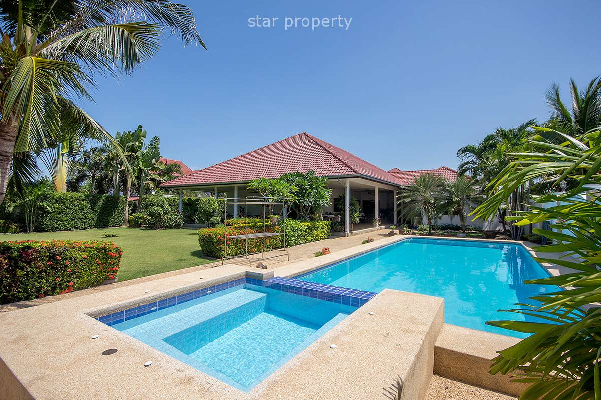 Beautiful Pool House With Large Plot Of Land at Sunset Village 2 Hua Hin Soi 6