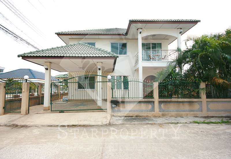 4 Bedroom House in Hua Hin Soi 58 for Sale