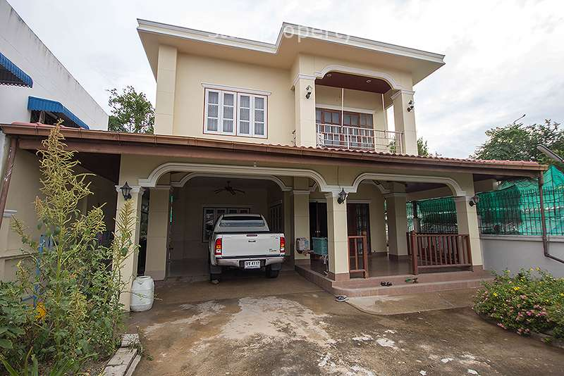 Beautiful 3 Bedroom House for Sale in Hua Hin Soi 88