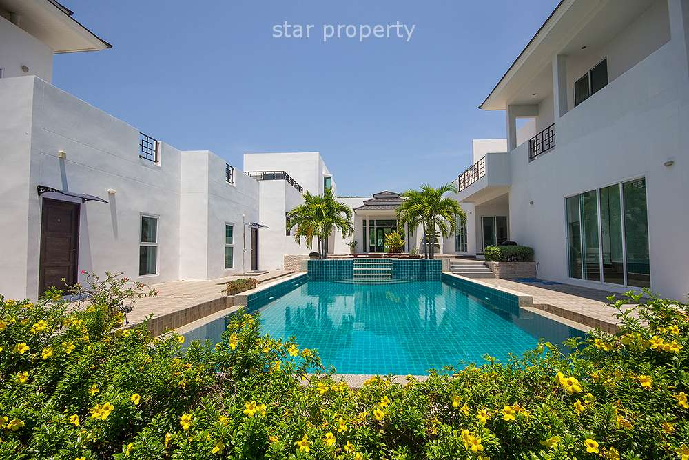 Beautiful 2 storeys villa for Sale Palm Hills