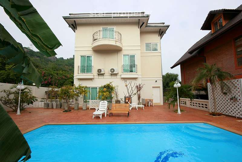 3 Story House in Hua Hin