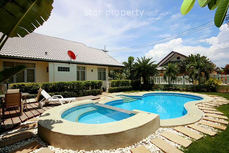 Beautiful Pool Villa for Rent at Coconut Grove