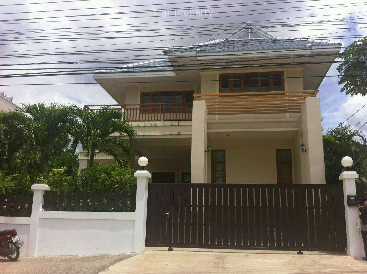Wonderful Two Storey House for Rent at Grand Hill House