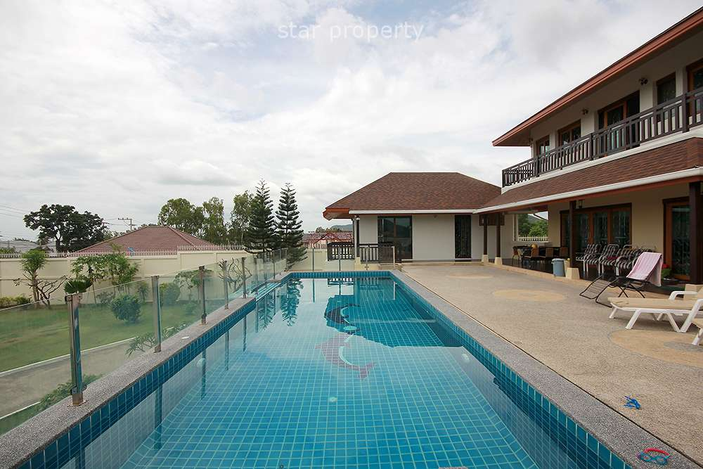 Beautiful Pool Villa for Rent with tennis court