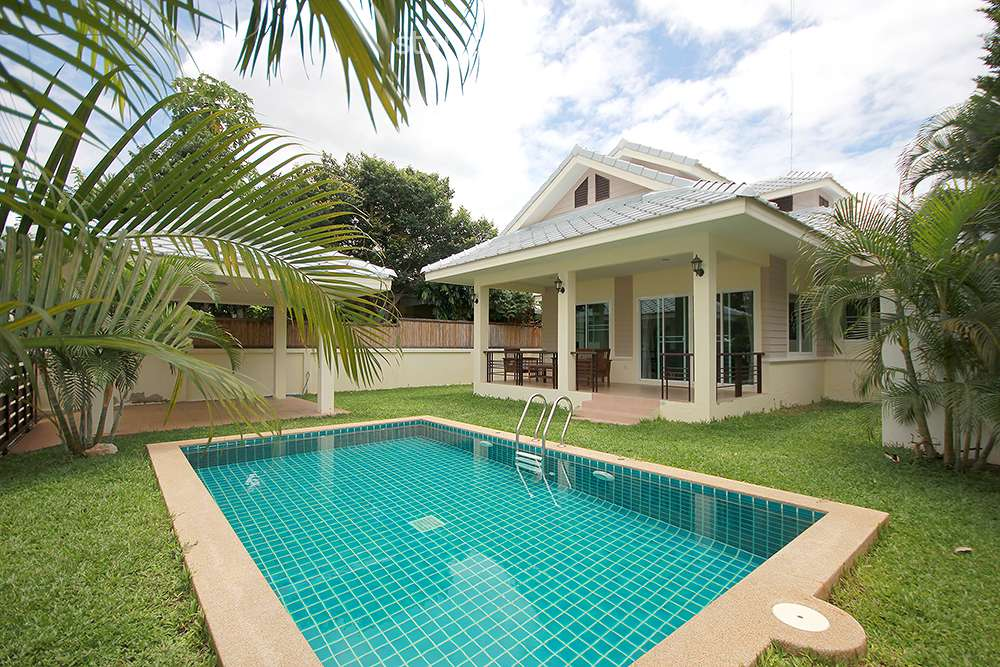 Beautiful Pool Villa for Rent