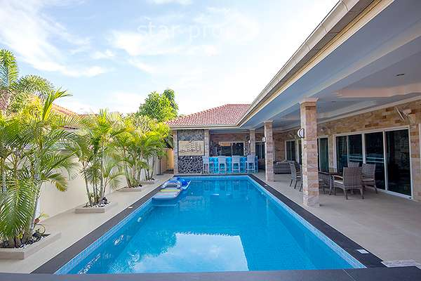 4 Bedroom Pool Villa for Sale at Sunshine Mountain Hua Hin Soi 70 at Hua Hin District