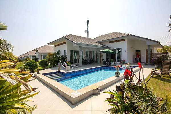 3 Bedroom Furnished Pool Villa at Evelina 1 in Hua Hin Soi 102