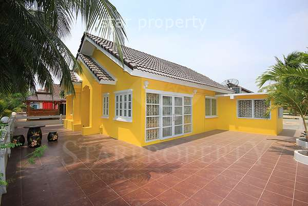 4 Bedroom House in Cha Am