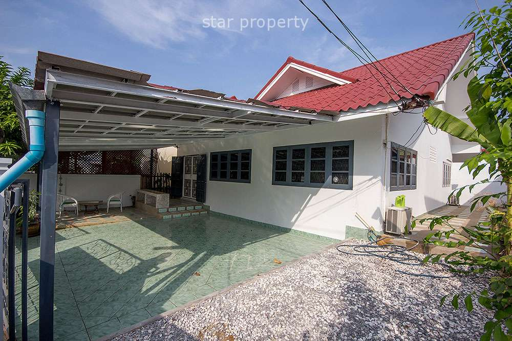 2 Bedroom Bungalow for Sale in Hua Hin Town Centre at Hua Hin Soi 37