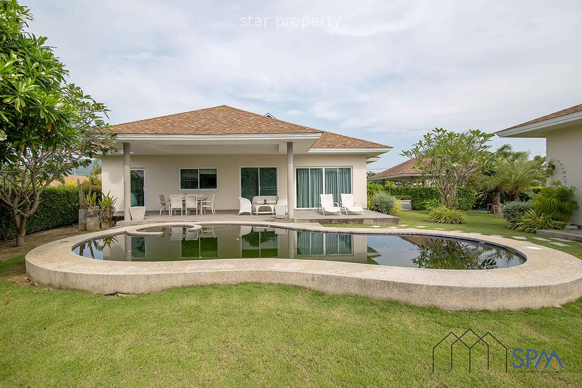 Pool Villa at Grove Villa for Rent near Black Mountain Golf Course at Grove Villa