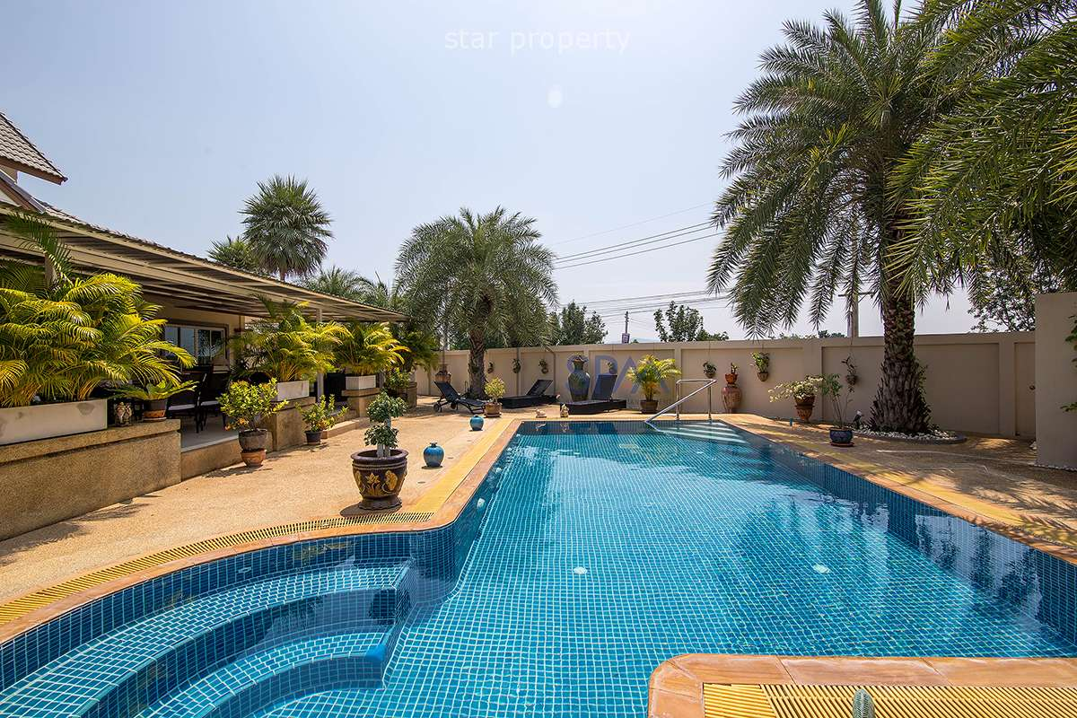 Pool Villa Fully Furniture at Emeral Resort