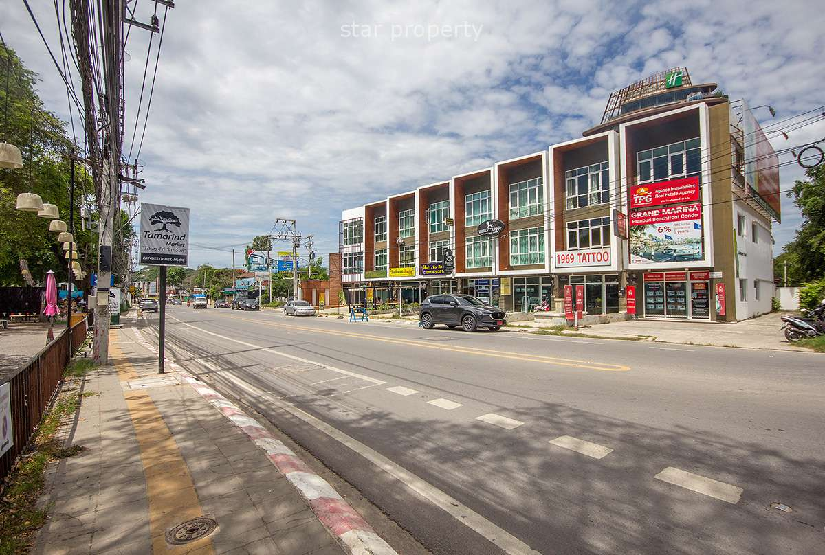 A Commercial Unit on Main road for sale at Hua Hin District, Prachuap Khiri Khan, Thailand