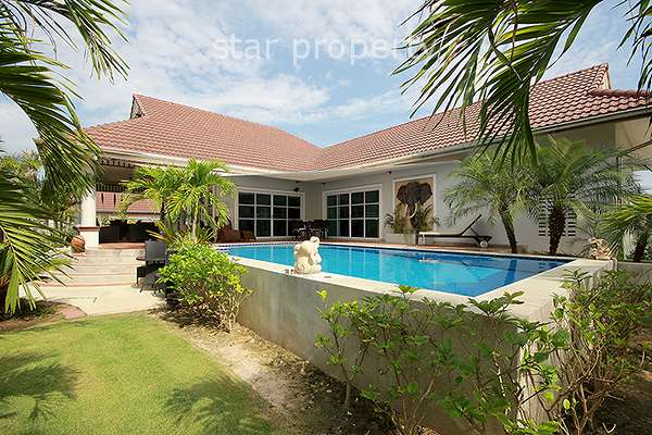 Pool Villa at Smart House Valley