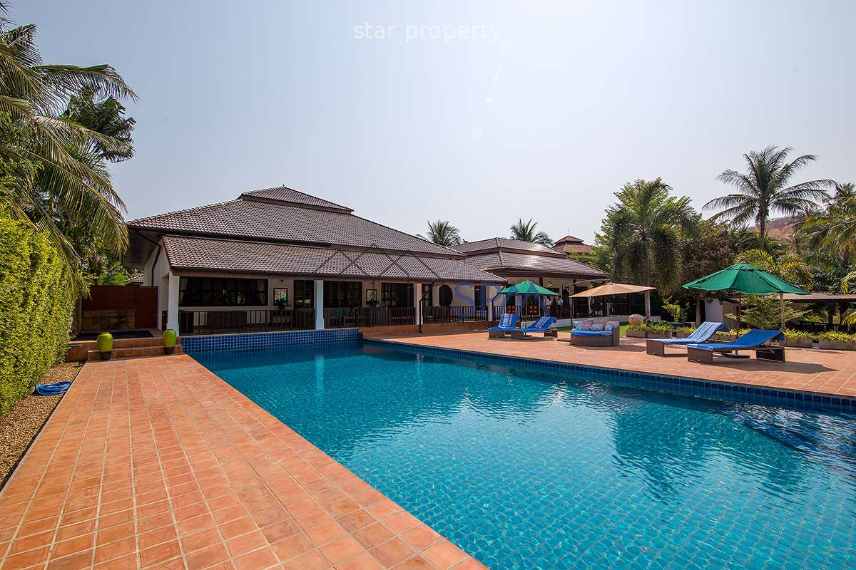 The Luxury Villa for Sale t Palm Hill