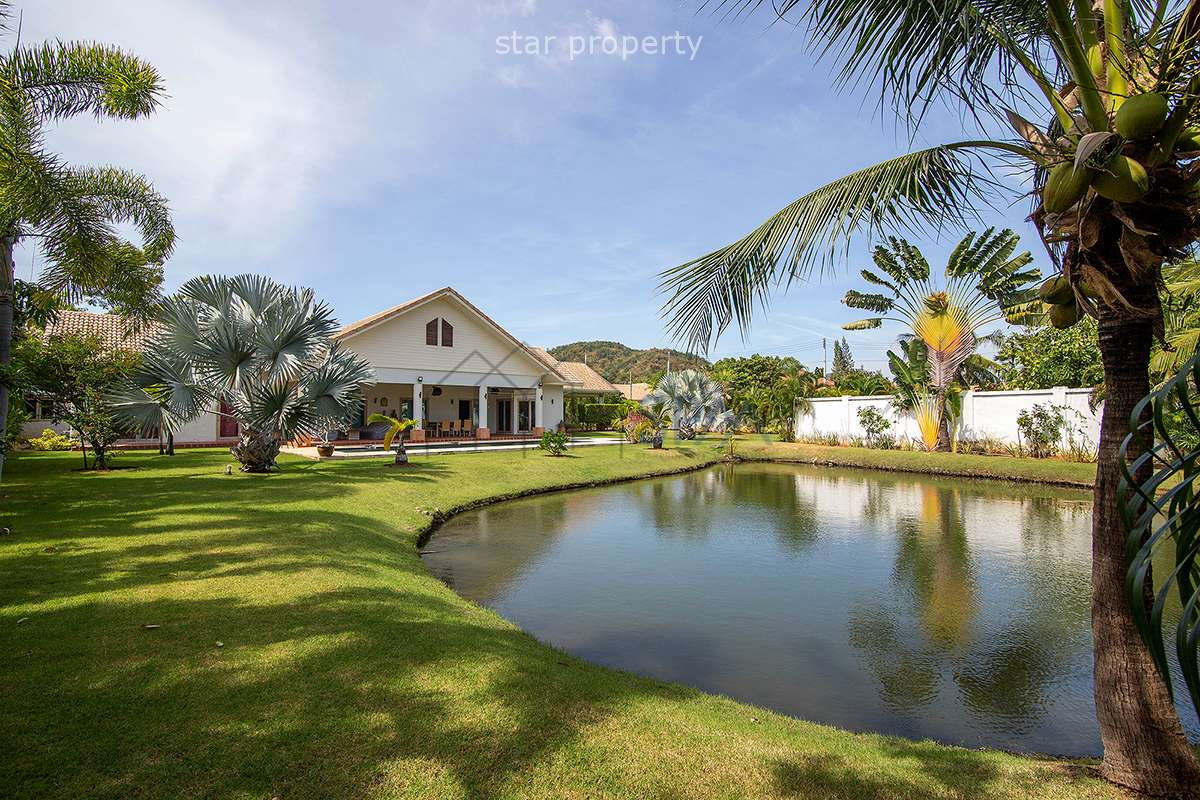 Pool Villa for sale on 1 Rai of land plot,1.6Km from the beach Khao Kalok at Pranburi