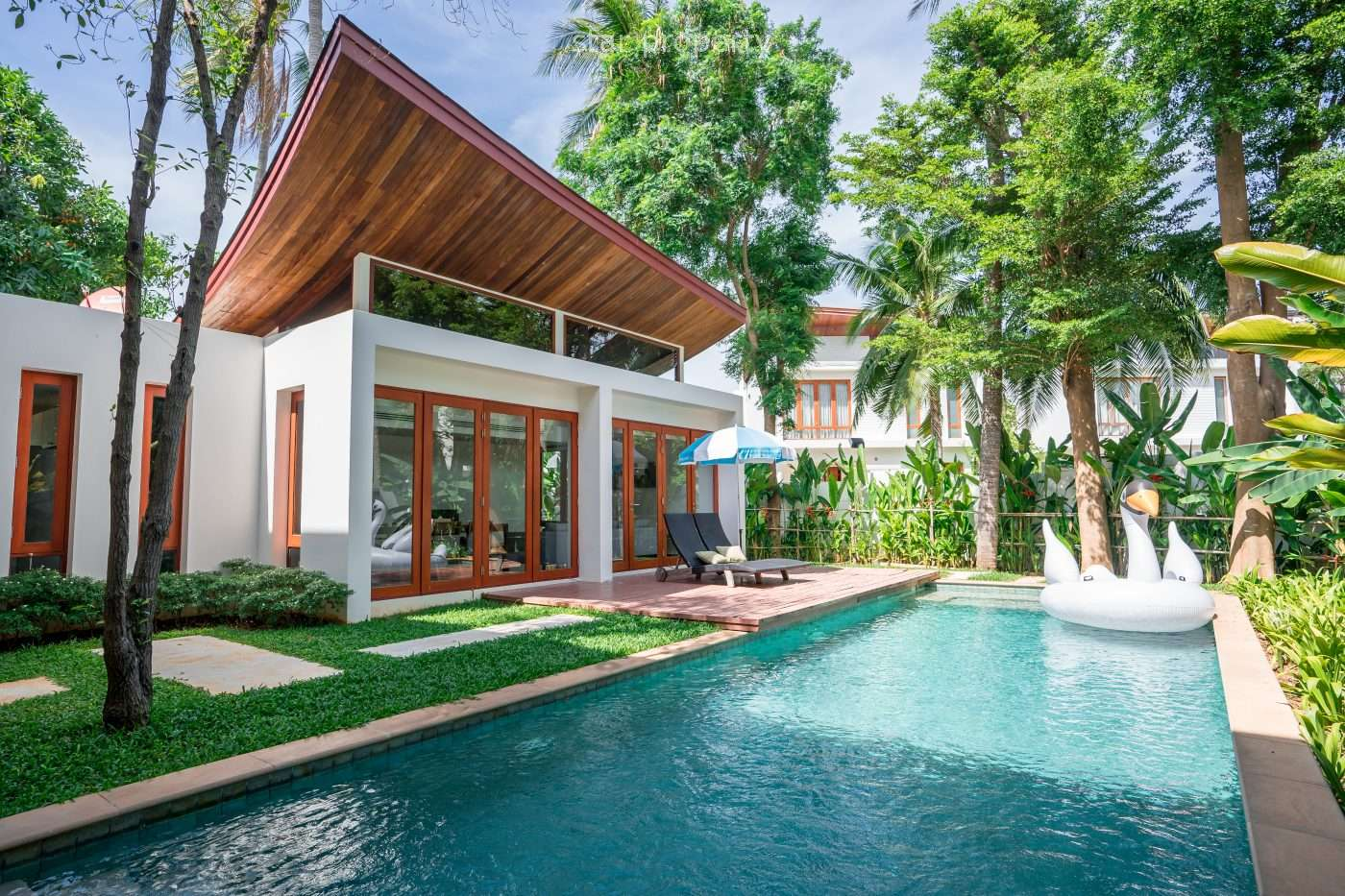 Pool Villa Near The Beach for Sale at Pran-A-Luxe