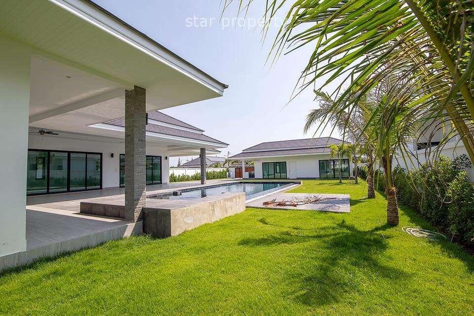 Palm Pool Villa