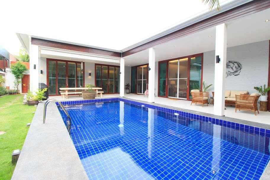 Black Lotus Villa