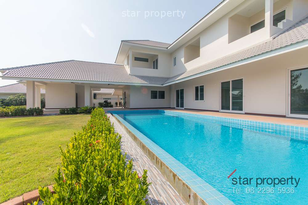2 Storey Modern House for Sale at The Lee 3