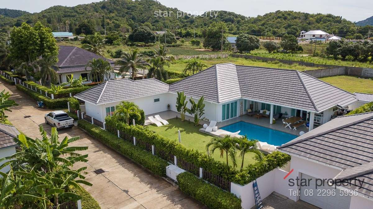 Pool Villa at Mountain view for Sale