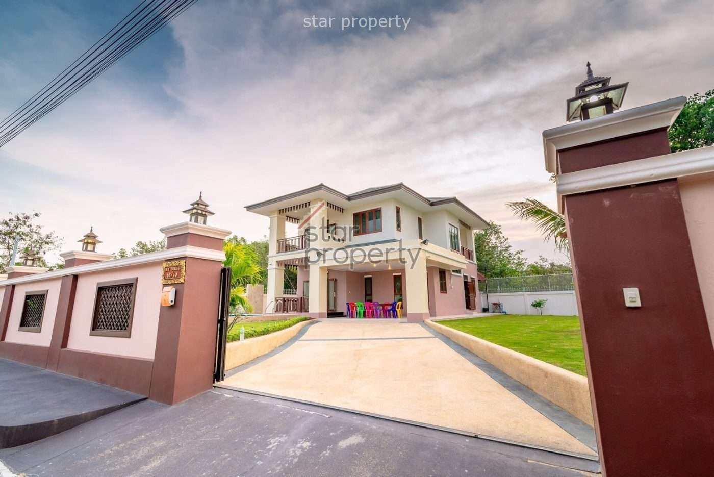 Beautiful 2 Storey-House for Rent in north-west of Hua Hin at near Hua Hin Hospital