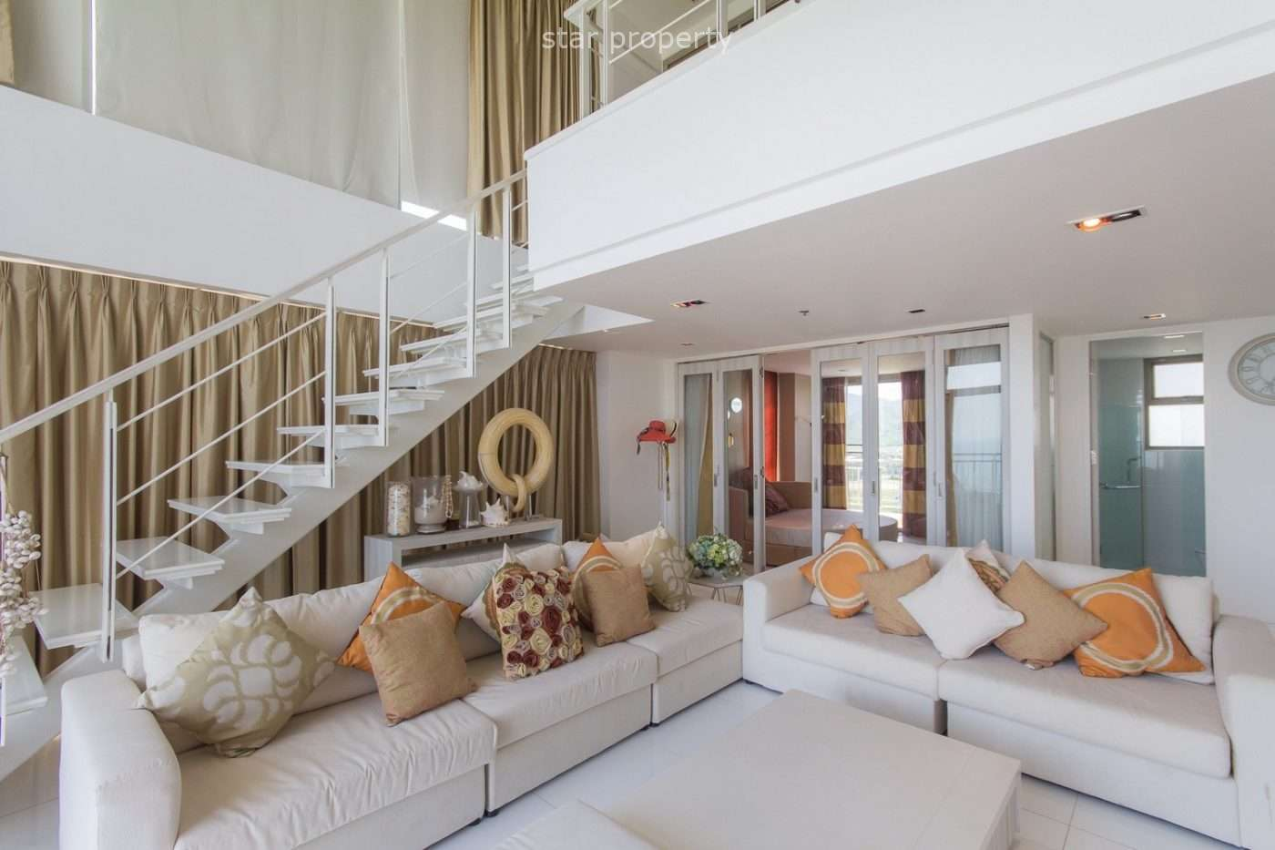 Luxury 3 beds penthouse on the corner condo near Hua Hin for sale at Boat House