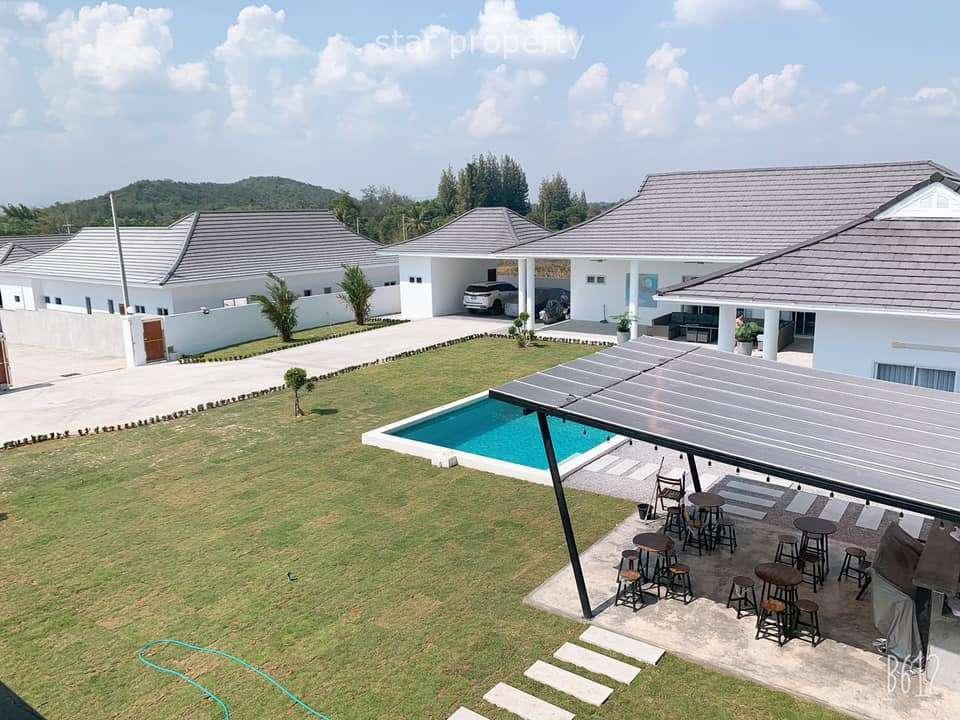 Private House in soi 112 near Sam Phan Nam Floating Market