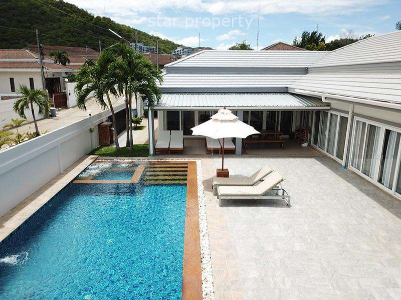 Punika 4 beds party pool villa for sale at Avenue 88 Villa Project