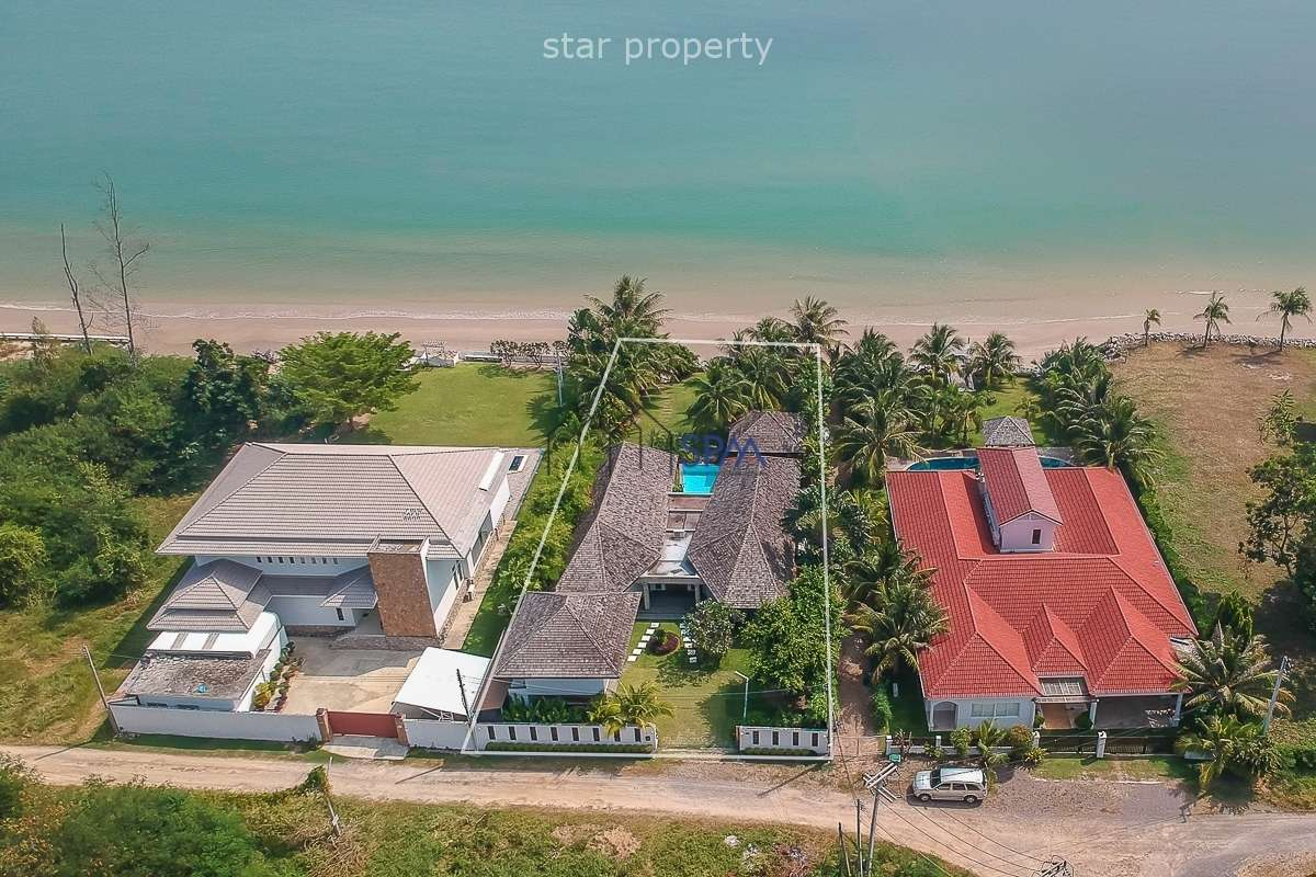 Beach Villa Bali Style at Cha Am for sale at Cha Am District